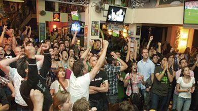 Photo of Fútbol-bares, un matrimonio  que amenaza con romperse