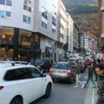 Photo of La frontera hispano-andorrana registra colas de hasta 14 kilómetros de entrada a Andorra