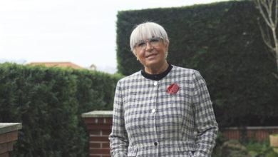 Photo of Feli Lois se despide de la sanidad cántabra tras casi medio siglo