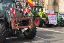 Photo of Las imágenes que ha dejado la protesta de ganaderos y agricultores en Santander