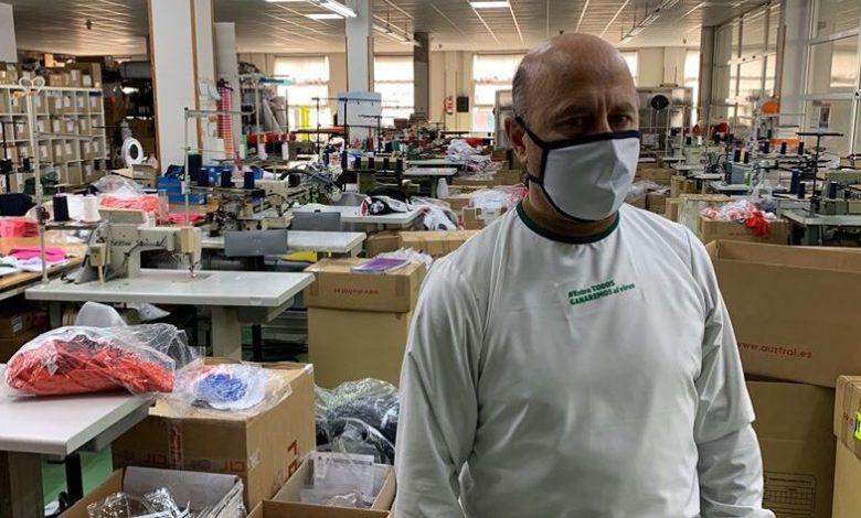 Photo of Austral Sport fabrica equipos de protección individual para los sanitarios cántabros