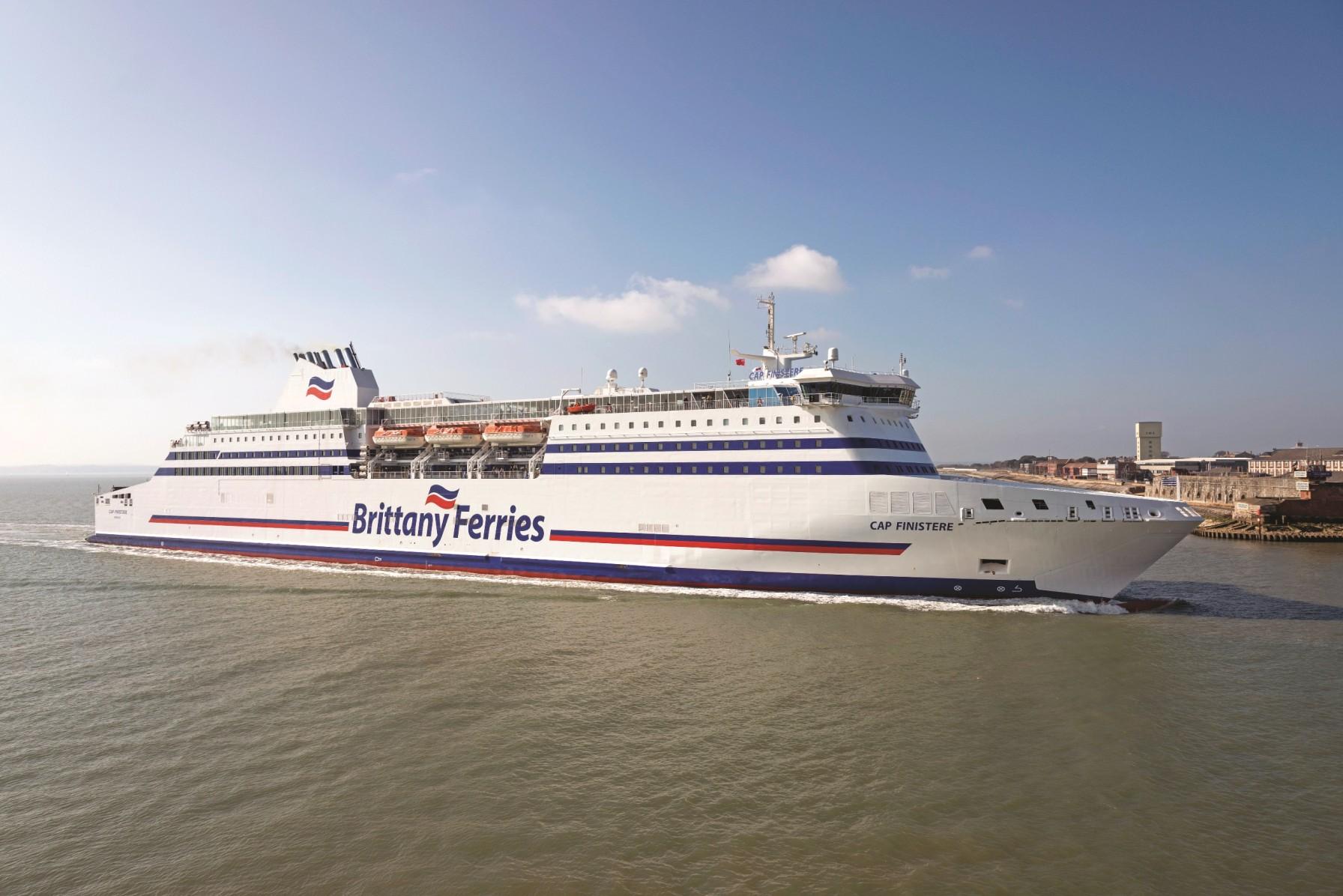 Uno de los buques de Brittany Ferries, Cap Finistere.