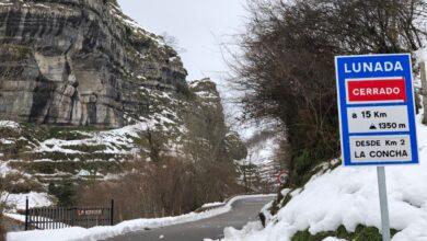 Photo of Lunada, Estacas de Trueba y La Sía siguen cerrados por la nieve
