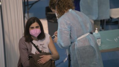 Photo of Los menores de 55 años que hayan pasado el Covid solo recibirán una dosis seis meses después de la infección