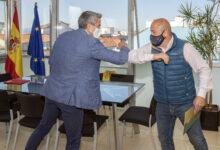 Photo of Zuloaga anuncia la licitación del nuevo pabellón polideportivo de Cartes