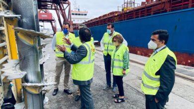 Photo of El alcalde de Valladolid visita el puerto de Santander para presentar un proyecto logístico agroalimentario