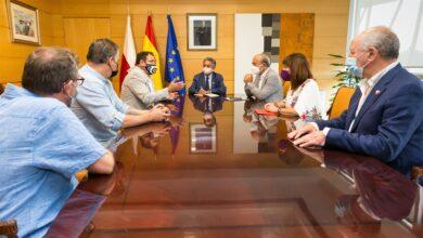 Photo of El Gobierno creará un grupo de trabajo para buscar una solución a Forjas de Cantabria
